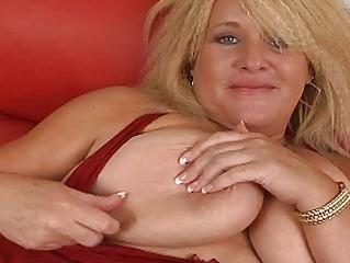 big bleached momma with fucking big bosom plays