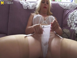 big boobed mother id like to bang getting wet and