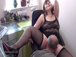 european mother id enjoy to fuck performs on cam