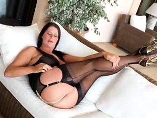 good mother id enjoy to copulate inside stockings