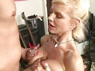 awesome momma crystal colorless takes her oral