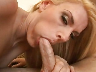 lady amp darryl hanah spoons her oral out with a