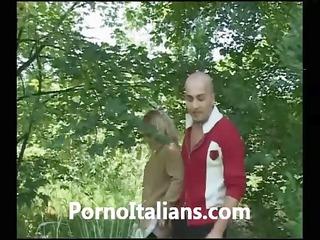 bionda italiana matura troia  porno italiano