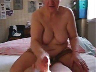 my amp older  aunt jerking my penis