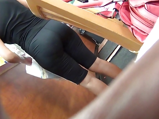 colombian mature babe inside spandex
