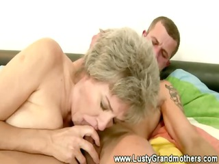 mature old vagina sucked after giving dick sucking