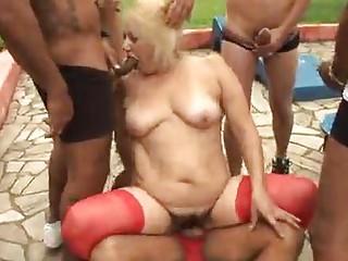 cougar elderly pale vanessa bang public porn