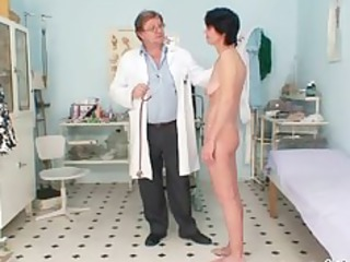 lean mature babe weird cave fingering by gyno