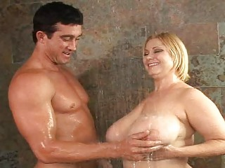 older  banging horny girls into the tub