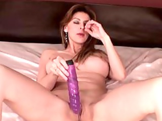horny mature babe has difficult orgasm