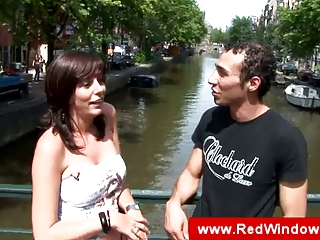 pure amsterdam cougar bitch licks tourist