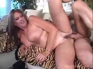 heavy chubby lady worships acquiring her vagina