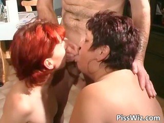 desperate cougar chicks piss and takes wet