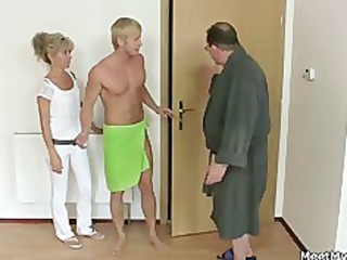 his mom and dad tricks her inside fuck