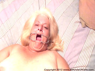 pov ass 60 moment elderly old wanda acquires