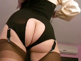 mature babe sluts into pantyhose into softcore
